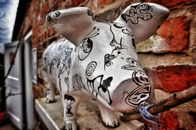 Painted pigs